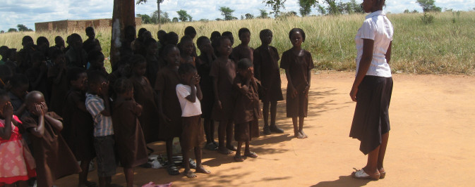 Namununga Community School, lessons under tree